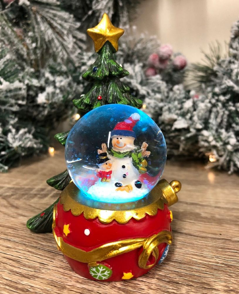 Colour Changing LED Snowmen Snow Globe with Christmas Tree